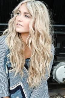 10-Ideas-For-Beach-Waves-Hair-4